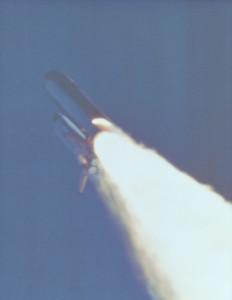 1024px-Booster_Rocket_Breach_-_GPN-2000-001425
