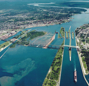 Internations Bridge -Soo_Locks-Sault-Ste_Marie