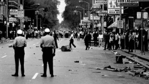 7-23-15-detroit_race_riot_1967