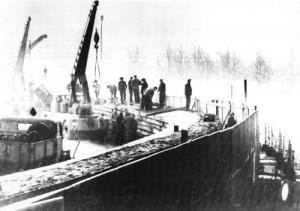 8-13-15-Berlin_Wall_1961-11-20