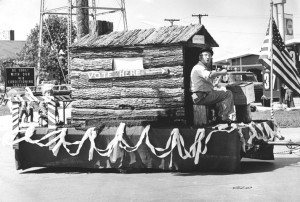9-5-15-1972 Historical Socity float in the Troy Daze Parade