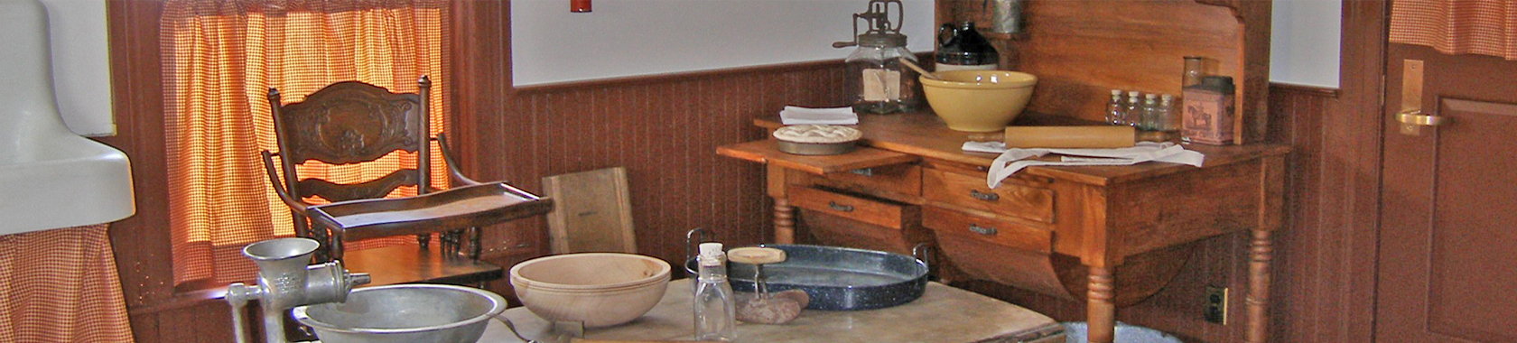 Homeschool Happenings: Time in a 100 Year Old House
