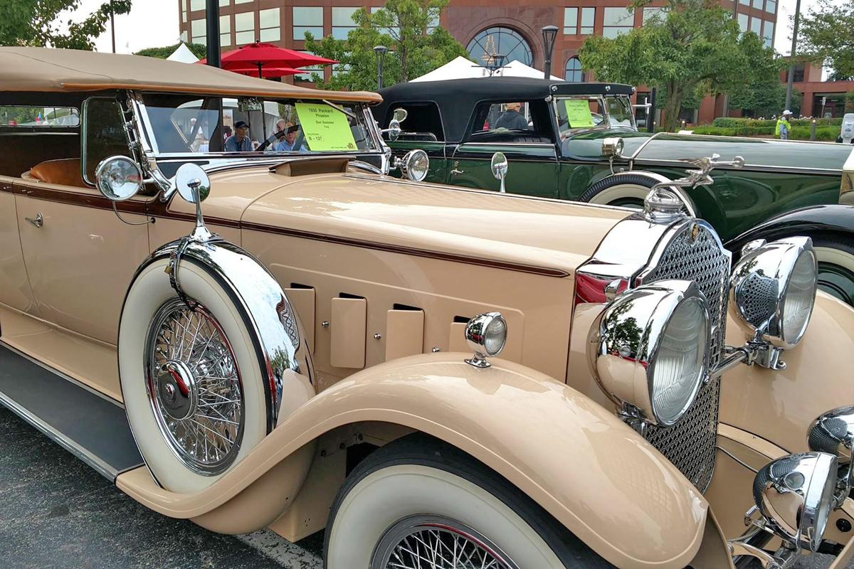 1930-Packard Phaeton