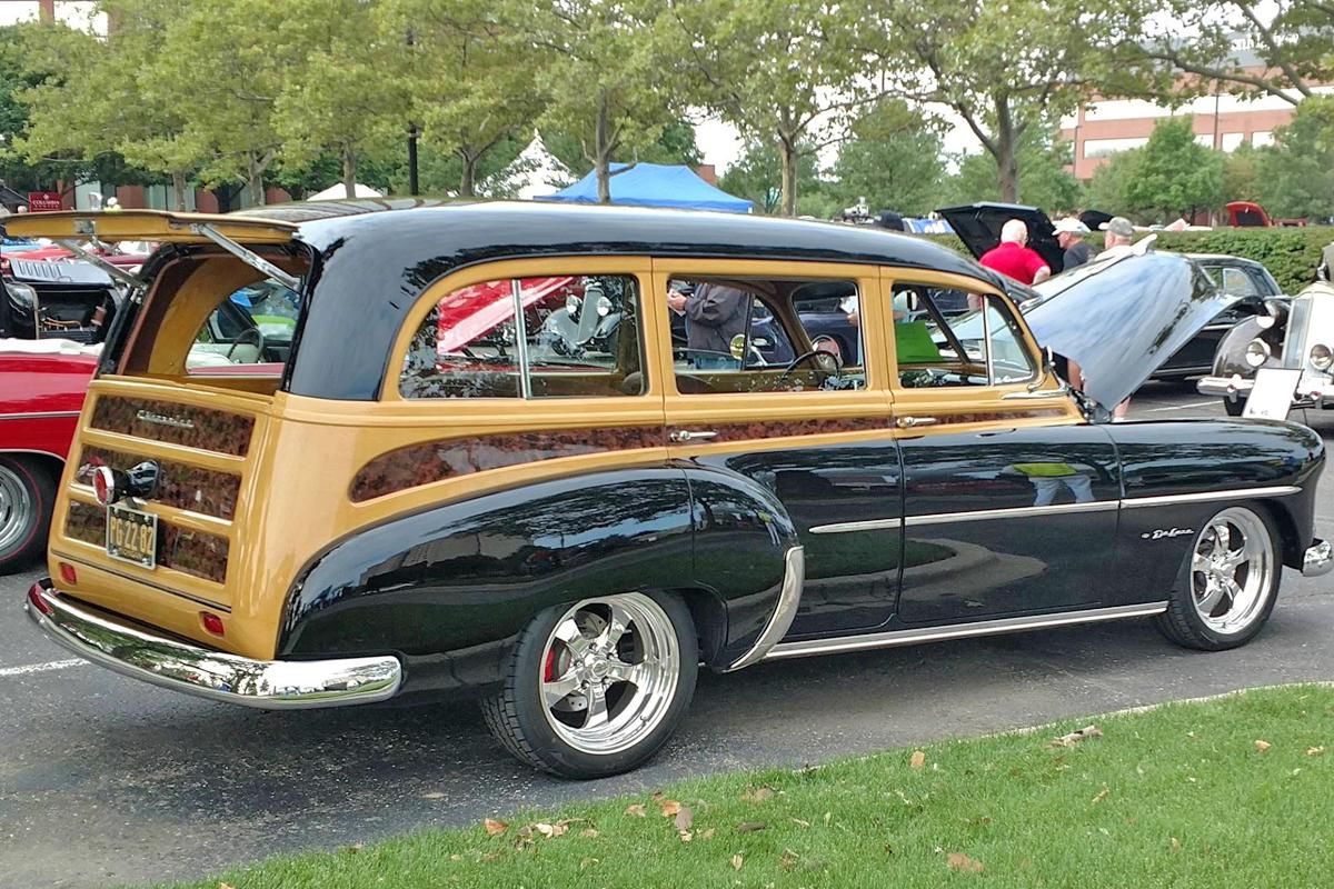 1952-Chevrolet DeLuxe Wagon