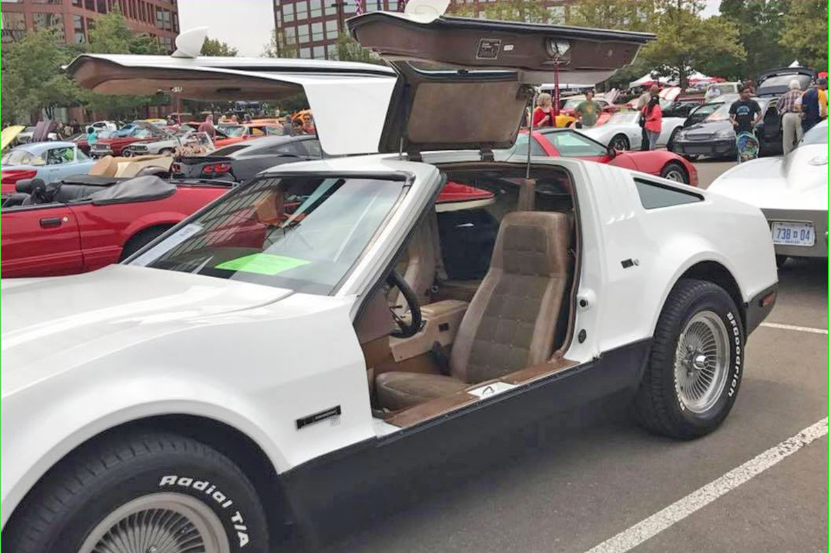 DeLorean-DMC-12-White