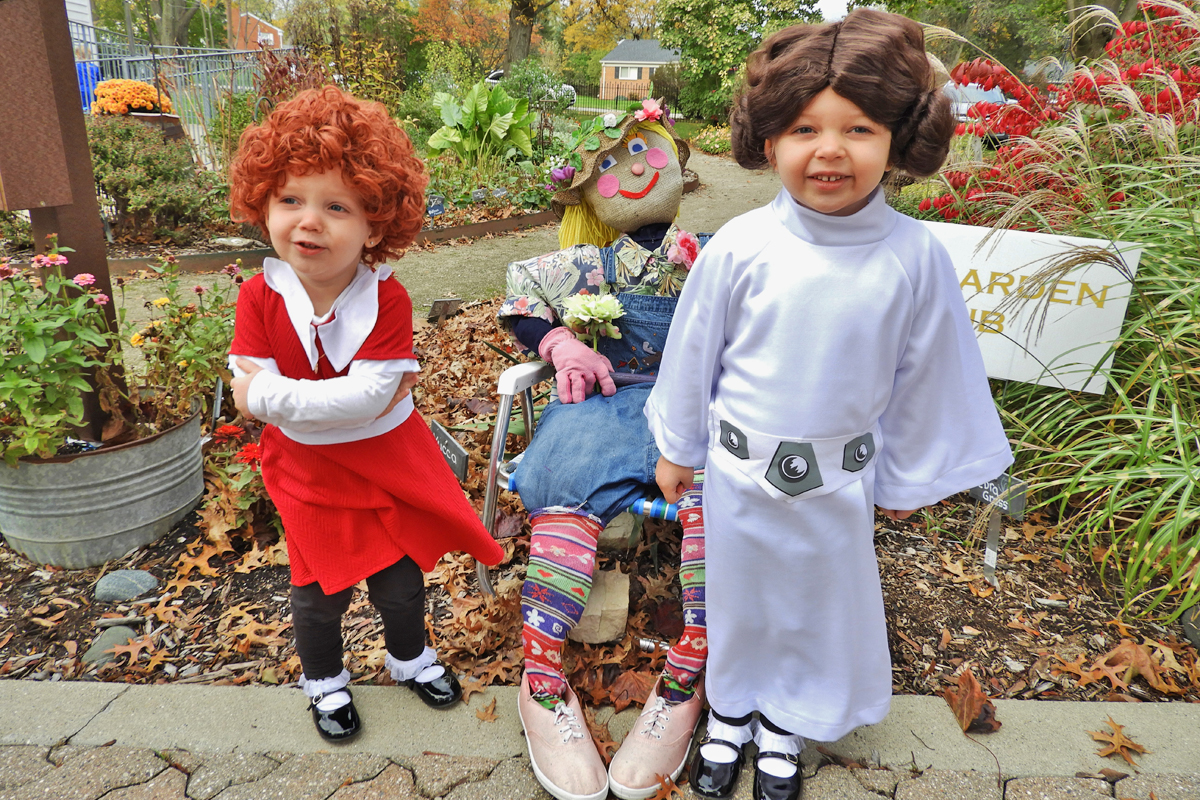 ABC Garden with Princess Leia and Annie