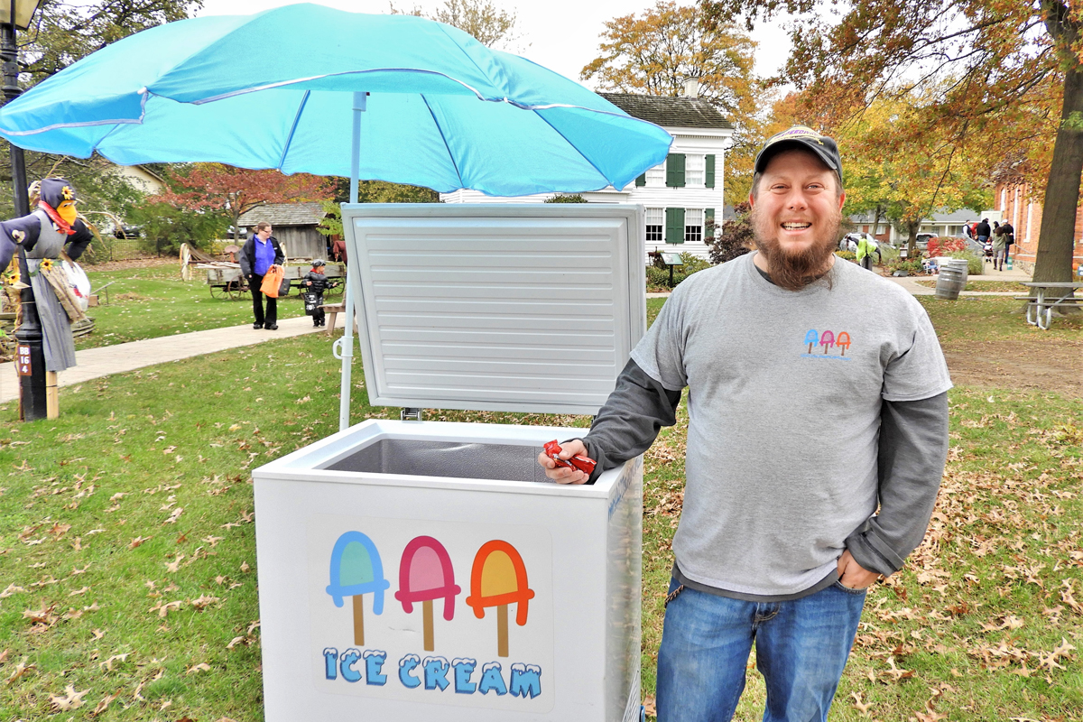 One of our Halloween Sponsors: AAA Ice Cream Cart