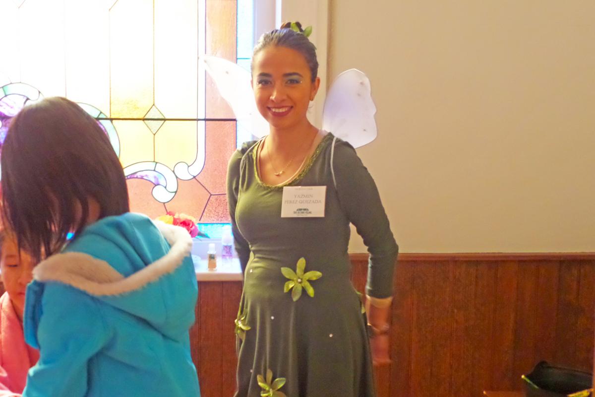 Volunteer Yazmin Perez Quezada in the Church